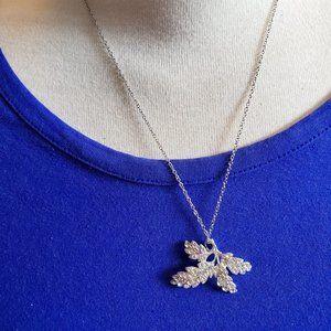 "18"" Silver Tone Leaf Theme Pendant Necklace Style"
